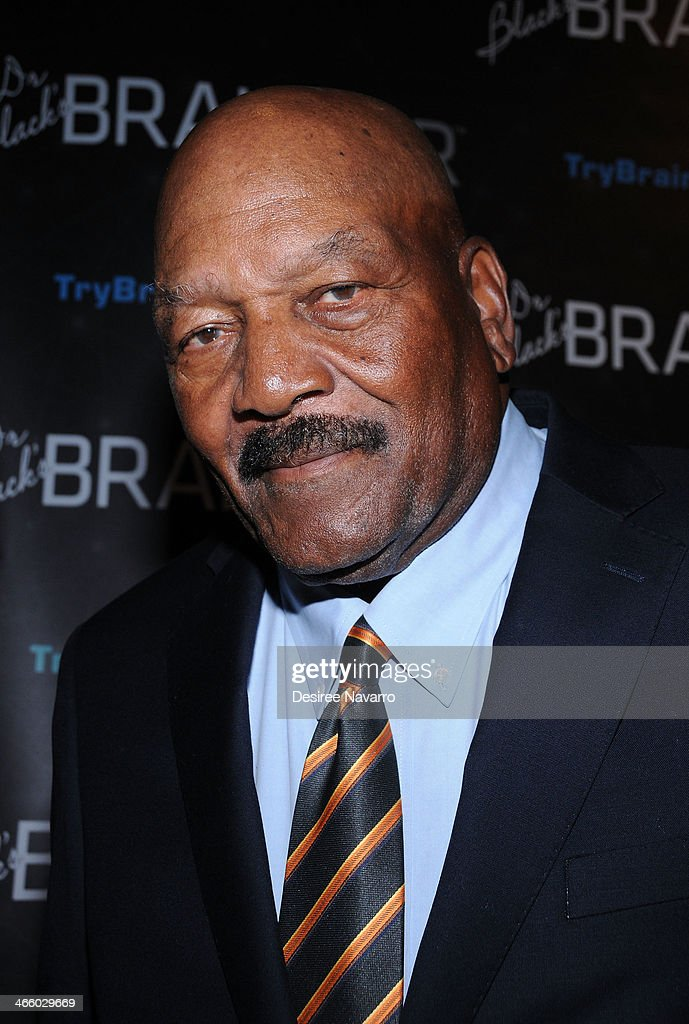 Retired NFL player <a gi-track='captionPersonalityLinkClicked' href=/galleries/search?phrase=Jim+Brown+-+Actor+and+American+Football+Fullback&family=editorial&specificpeople=215263 ng-click='$event.stopPropagation()'>Jim Brown</a> attends Dr. Black's Brain Bar Super Bowl XLVIII Launch Event at PH-D Rooftop Lounge at Dream Downtown on January 30, 2014 in New York City.