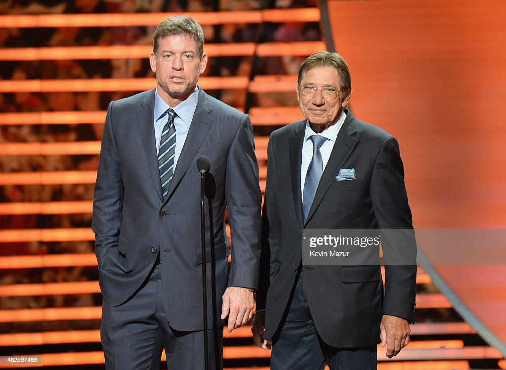 Retired NFL players <a gi-track='captionPersonalityLinkClicked' href=/galleries/search?phrase=Troy+Aikman&family=editorial&specificpeople=206871 ng-click='$event.stopPropagation()'>Troy Aikman</a> (L) and <a gi-track='captionPersonalityLinkClicked' href=/galleries/search?phrase=Joe+Namath&family=editorial&specificpeople=91230 ng-click='$event.stopPropagation()'>Joe Namath</a> speak onstage during 4th Annual NFL Honors at Phoenix Convention Center on January 31, 2015 in Phoenix, Arizona.