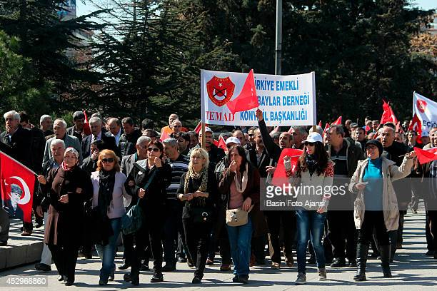 Retired noncommissioned officers marched demanding improvement of their pay and against legal social discrimination in Ankara Retired noncommissioned...