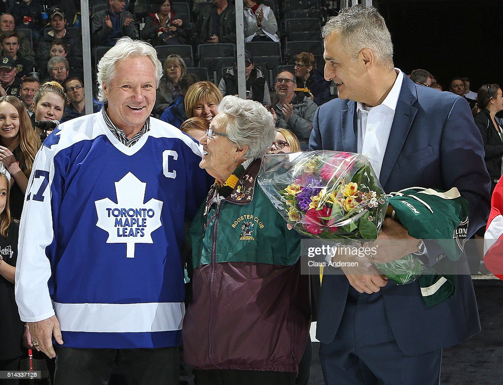Retired Toronto Maple Leaf legend and ex London Knight Darryl Sittler participates in pre game ceremonies prior to action between the Kitchener Rangers and the London Knights during an OHL game at Budweiser Gardens on March 6, 2016 in London, Ontario, Canada. The Knights defeated the Rangers 4-1.
