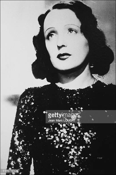 Retro Edith Piaf in France in 1992In 1935 film 'Montmartre sur seine'