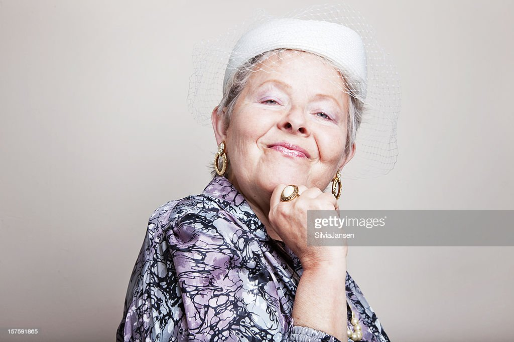 retro lady with hat