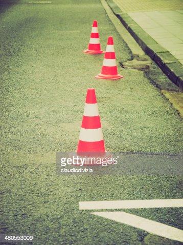 look Retro cone de Trânsito : Foto de stock