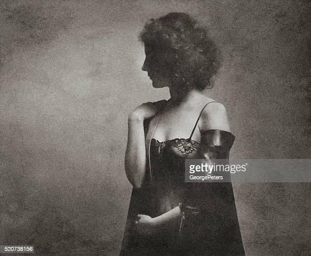 photo rétro Portrait de femme avec un corps sain type de