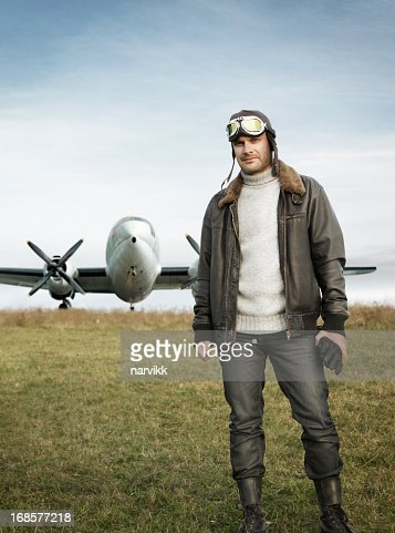 Son avion pilote et rétro