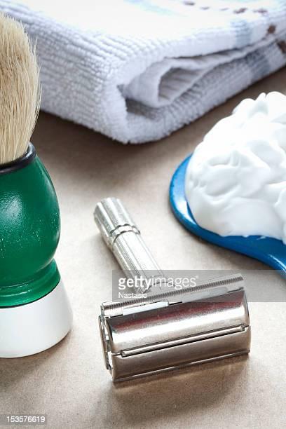 Retro shave kit