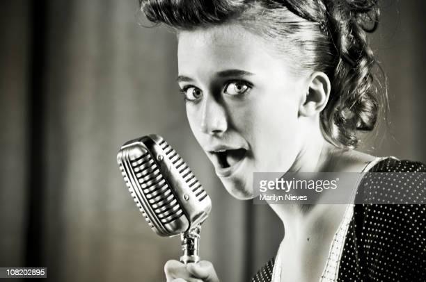 retro-singer