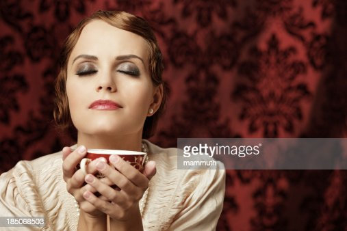 Retro woman with a cup of tea