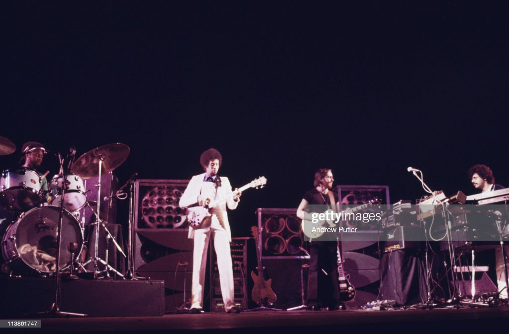'Return to Forever' (U.S. jazz drummer Lenny White, U.S. jazz bassist <a gi-track='captionPersonalityLinkClicked' href=/galleries/search?phrase=Stanley+Clarke&family=editorial&specificpeople=2600482 ng-click='$event.stopPropagation()'>Stanley Clarke</a>, U.S. jazz guitarist <a gi-track='captionPersonalityLinkClicked' href=/galleries/search?phrase=Al+Di+Meola&family=editorial&specificpeople=4457078 ng-click='$event.stopPropagation()'>Al Di Meola</a> and U.S. jazz pianist <a gi-track='captionPersonalityLinkClicked' href=/galleries/search?phrase=Chick+Corea&family=editorial&specificpeople=1657212 ng-click='$event.stopPropagation()'>Chick Corea</a>) on stage during a live concert performance, circa 1975.