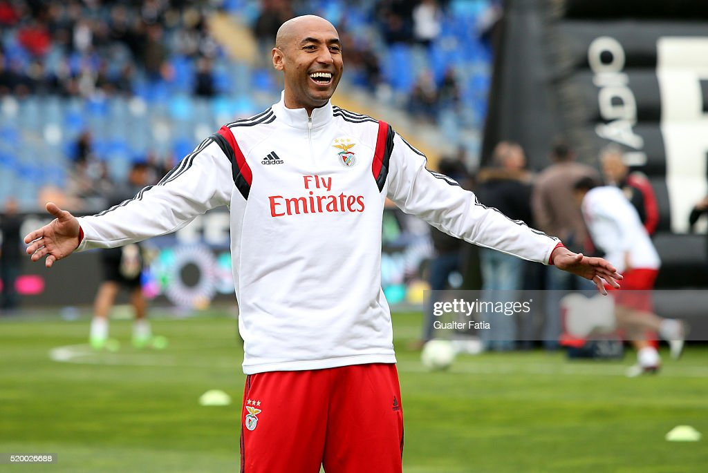 returning after injury SL Benfica's defender from Brazil <a gi-track='captionPersonalityLinkClicked' href=/galleries/search?phrase=Luisao&family=editorial&specificpeople=490899 ng-click='$event.stopPropagation()'>Luisao</a> during warm up before the start of the Primeira Liga match between A. Academica de Coimbra and SL Benfica at Estadio Cidade de Coimbra on April 9, 2016 in Coimbra, Portugal.