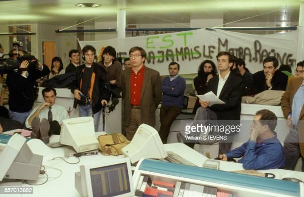 Reunion du comite d'entreprise de la chaine de television La Cinq le 6 janvier 1992 a Paris France