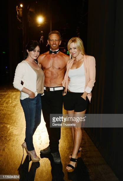 90210 reunion Shannen Doherty Ian Ziering and Jennie Garth at CHIPPENDALES at Rio Hotel and Casino on June 30 2013 in Las Vegas Nevada
