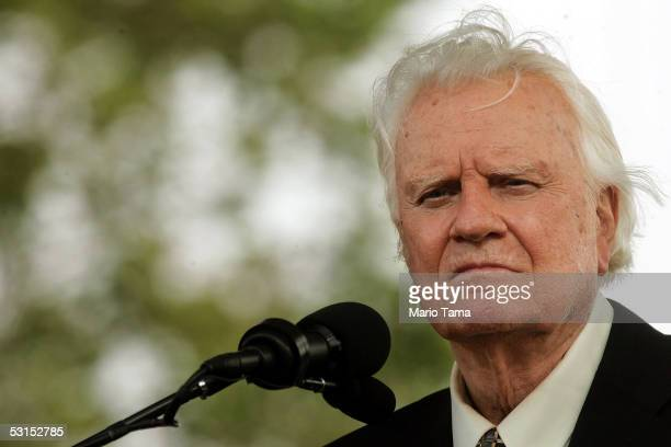 Rev Blly Graham preaches at the Greater New York Billy Graham Crusade June 26 2005 held in Flushing Meadows Corona Park in the Queens borough of New...