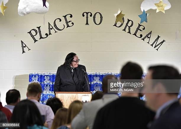 Rev Faith Green Timmons speaks before Republican presidential nominee Donald Trump at the Bethel United Methedoist Church on September 14 2016 in...