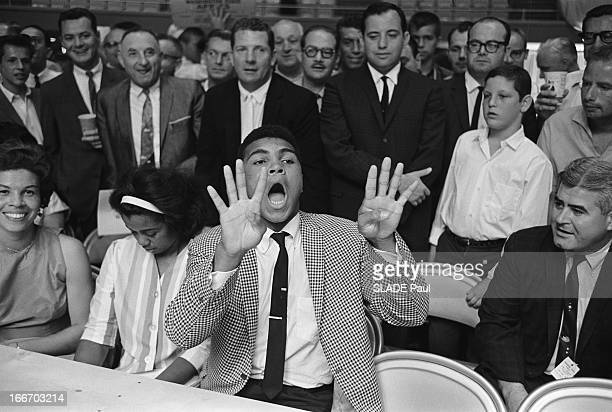 Revenge Match Sonny Liston Floyd Patterson In Las Vegas Counting For The World Heavyweight Boxing Championship Match revanche entre le nouveau...