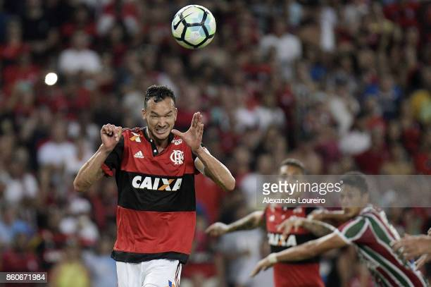 Rever of Flamengo head the ball to score a goal during the match between Flamengo and Fluminense as part of Brasileirao Series A 2017 at Maracana...
