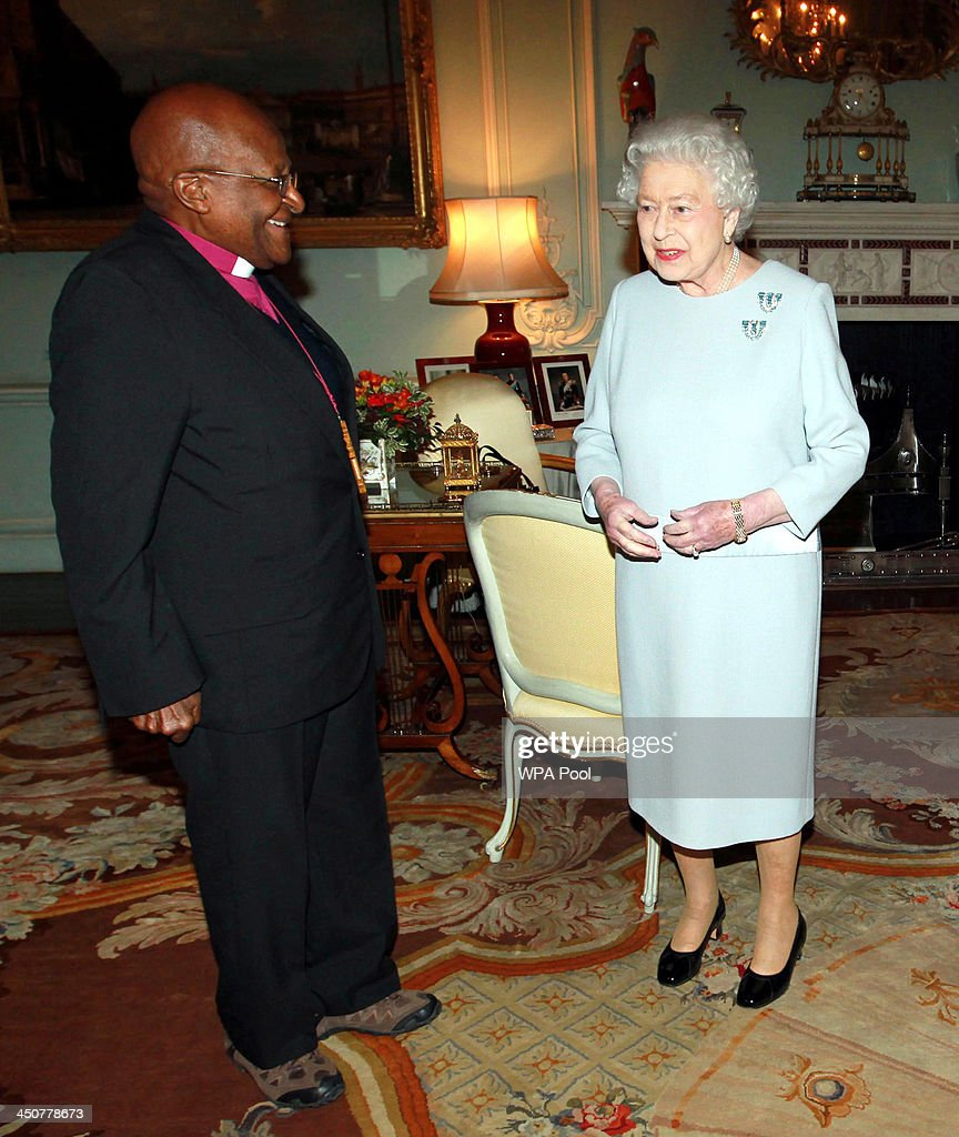 Reverend Desmond Tutu is seen during an audience with Queen <a gi-track='captionPersonalityLinkClicked' href=/galleries/search?phrase=Elizabeth+II&family=editorial&specificpeople=67226 ng-click='$event.stopPropagation()'>Elizabeth II</a> at Buckingham Palace on November 20 in London, England.