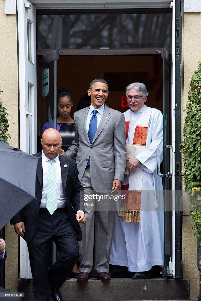 Reverend Dr. Luis Leon (R) looks on as President <a gi-track='captionPersonalityLinkClicked' href=/galleries/search?phrase=Barack+Obama&family=editorial&specificpeople=203260 ng-click='$event.stopPropagation()'>Barack Obama</a> departs after Easter services at St John's Episcopal Church March 31, 2013 in Washington, D.C.
