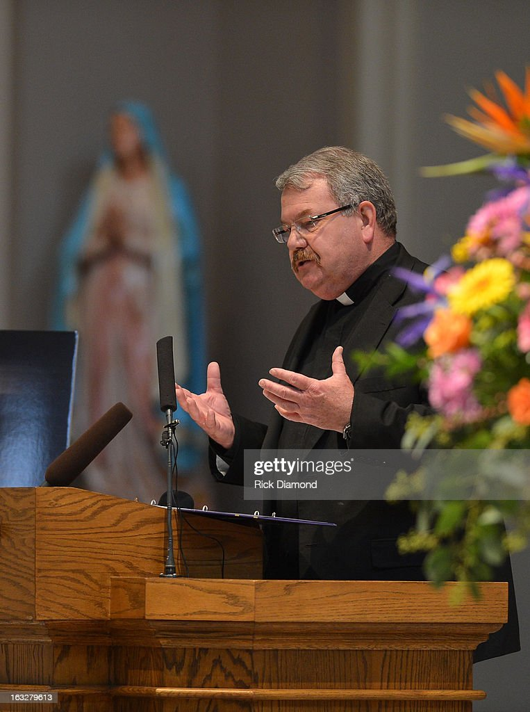 Reverend Edwards F. Steiner, Pastor speaks during the memorial service for Mindy McCready at Cathedral of the Incarnation on March 6, 2013 in Nashville, Tennessee. McCready was found dead from an apparent suicide on February 17, 2013 at her home in Heber Springs, Arkansas.