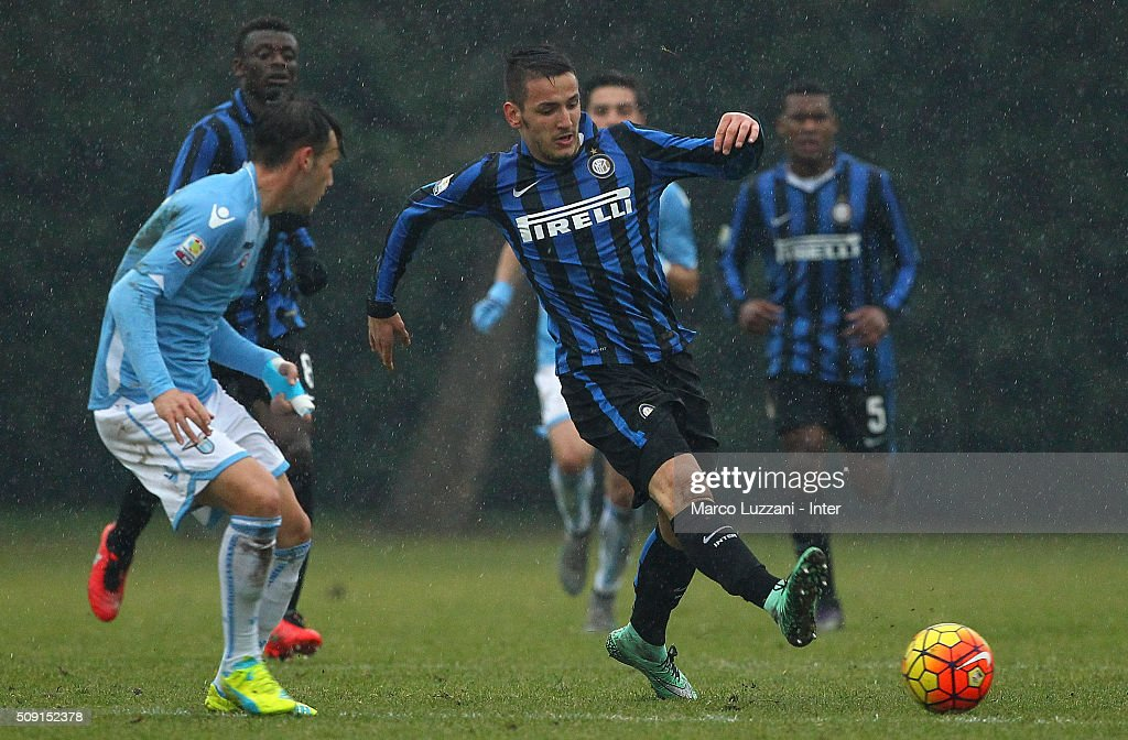 Rey Manaj of FC Internazionale Milano in action during the juvenile TIM cup match between FC Internazionale and SS Lazio at Stadio Breda on February 9, 2016 in Sesto San Giovanni, Italy.