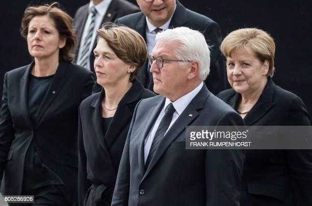 RhinelandPalatinate state Premier and Bundesrat President Malu Dreyer the wife of German President Elke Buedenbender German Chancellor Angela Merkel...