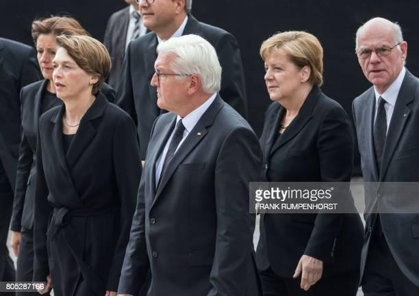RhinelandPalatinate state Premier and Bundesrat President Malu Dreyer the wife of German President Elke Buedenbender German President FrankWalter...