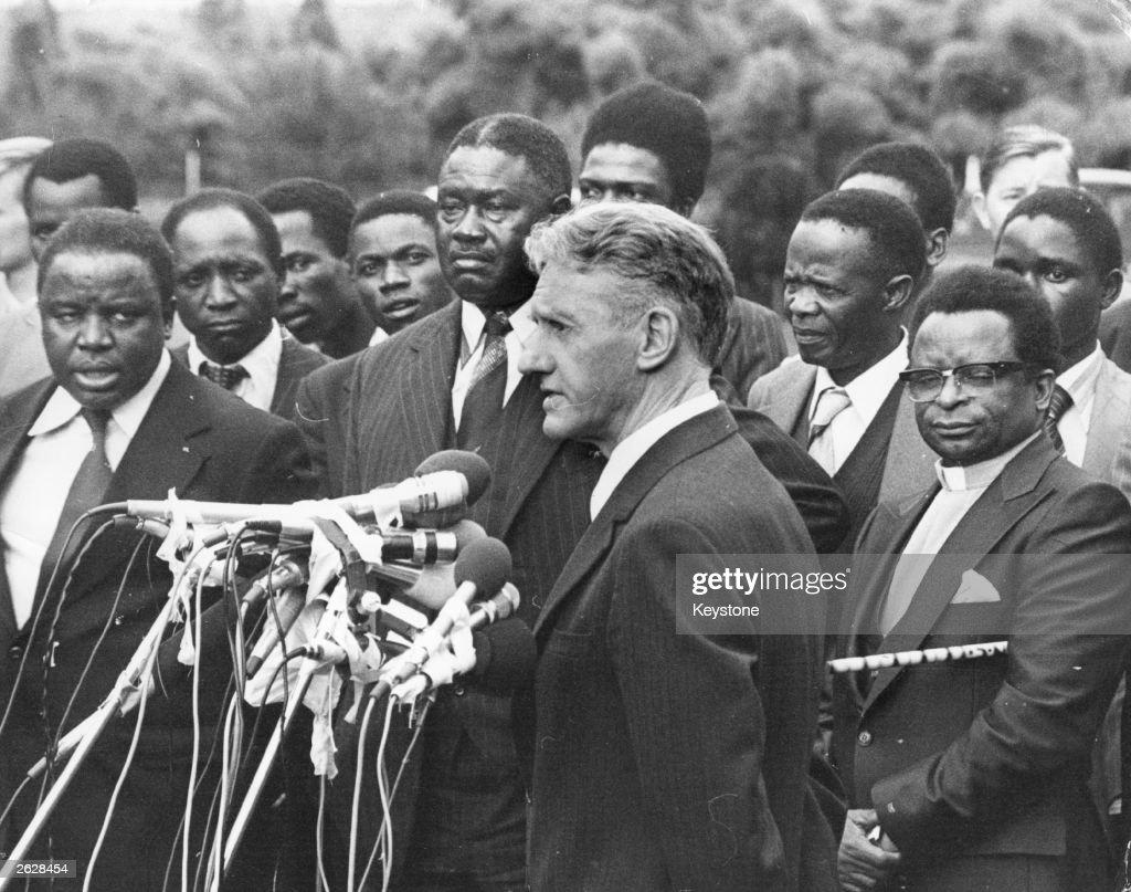 Výsledek obrázku pro foto zimbabwe premiér smith