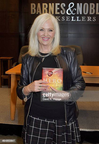 La genial escritora Rhonda Byrne