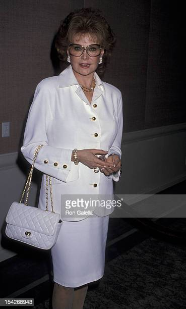 Rhonda Fleming attends ChildHelp USA Benefit Luncheon on May 25 1989 at the Beverly Hills Hotel in Beverly Hills California