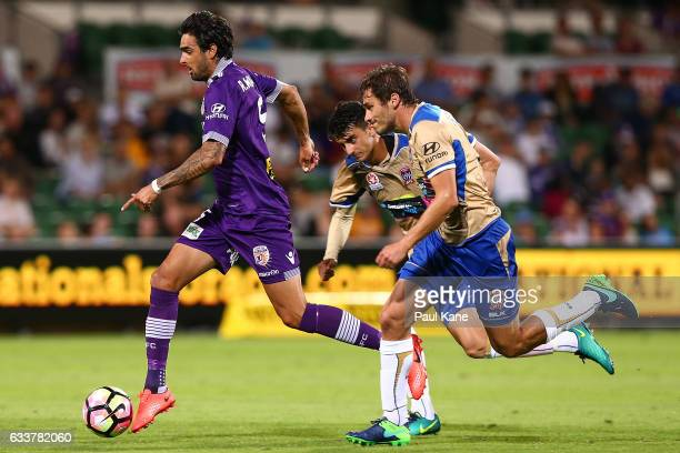 Rhys Williams of the Glory controls the ball during the round 18 ALeague match between the Perth Glory and the Newcastle Jets at nib Stadium on...