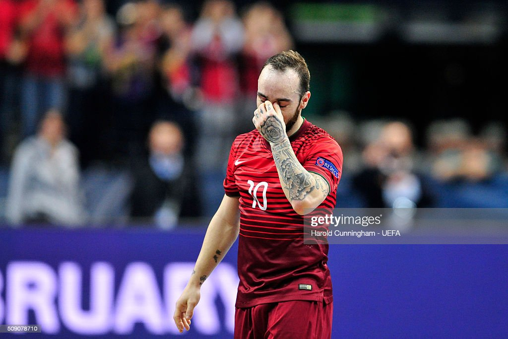 Ricardinho of Portugal looks dejected after his team lose their match during the UEFA Futsal EURO 2016 quarter final match between Portugal and Spain at Arena Belgrade on February 8, 2016 in Belgrade, Serbia.