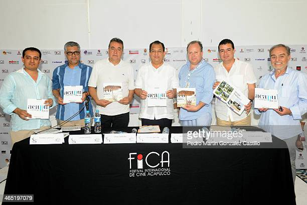 Ricardo Castillo Javier Cortes Jorge Sanchez Luis Walton Victor Sotomayor Netza Peralta Alfonso Serrano during the presentation of the book Acapulco...