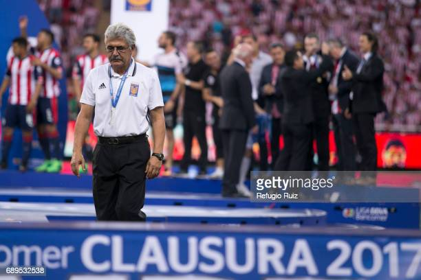 Ricardo Ferreti coach of Tigres looks dejected after losing the Final second leg match between Chivas and Tigres UANL as part of the Torneo Clausura...