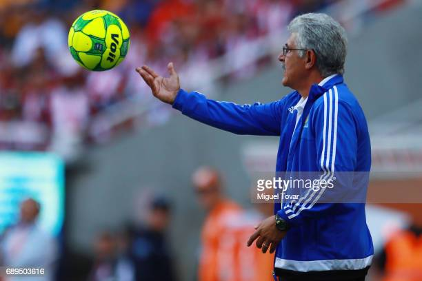 Ricardo Ferretti coach of Tigres throws the ball during the Final second leg match between Chivas and Tigres UANL as part of the Torneo Clausura 2017...