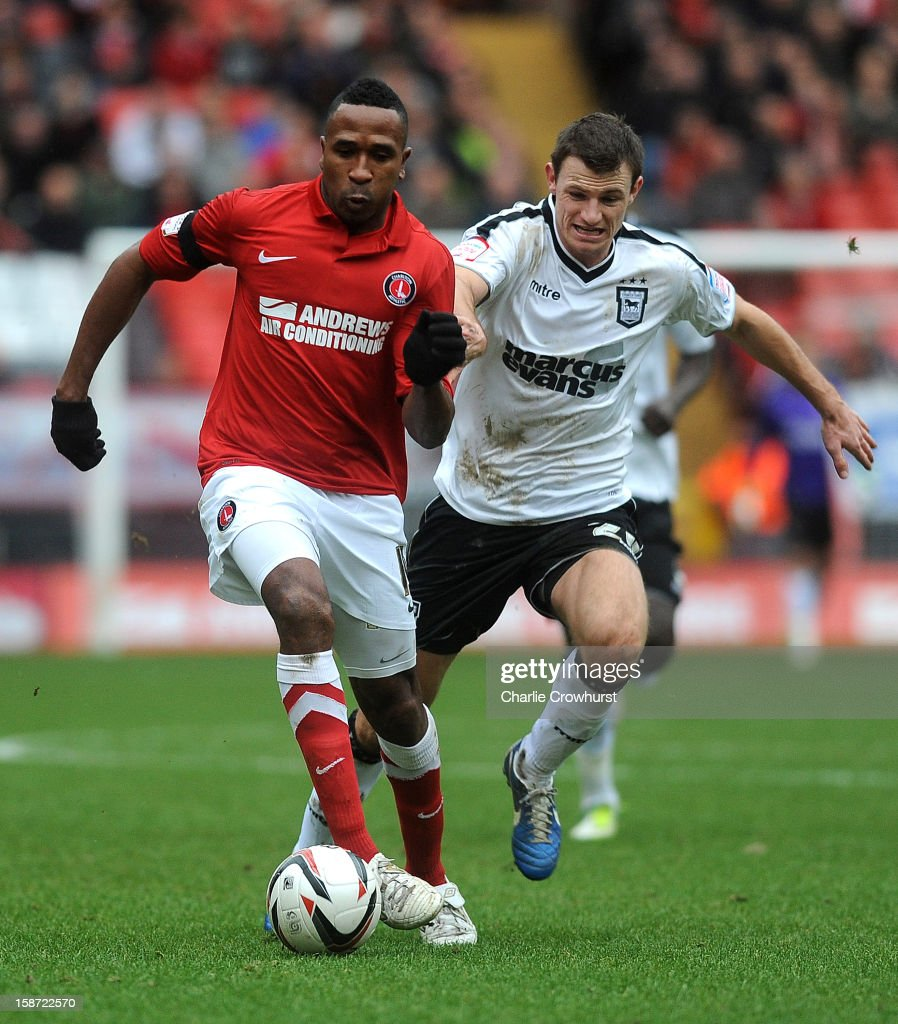 <a gi-track='captionPersonalityLinkClicked' href=/galleries/search?phrase=Ricardo+Fuller&family=editorial&specificpeople=240619 ng-click='$event.stopPropagation()'>Ricardo Fuller</a> of Charlton Athletic holds off Tommy Smith of Ipswich during the npower Championship match between Charlton Athletic and Ipswich Town at The Valley on December 26, 2012 in London, England.