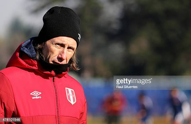 Ricardo Gareca coach of Peru during a training match against a local youth team of Universidad de La Frontera as part of 2015 Copa America Chile at...