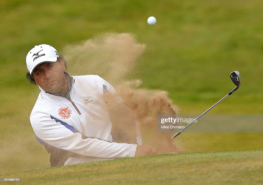 <a gi-track='captionPersonalityLinkClicked' href=/galleries/search?phrase=Ricardo+Gonzalez&family=editorial&specificpeople=240556 ng-click='$event.stopPropagation()'>Ricardo Gonzalez</a> of Argentina plays out of the bunker on the 15th hole during the first round of the 2014 Aberdeen Asset Management Scottish Open at Royal Aberdeen Golf Club on July 10, 2014 in Aberdeen, Scotland.