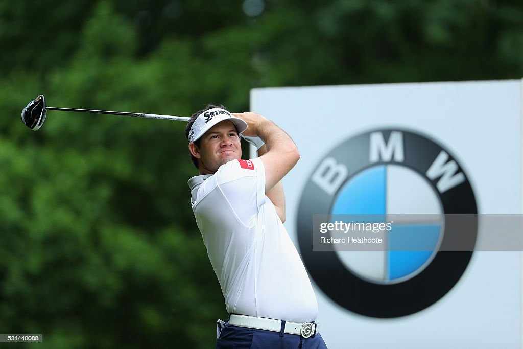 Ricardo Gouveia of Portugal tees off during day one of the BMW PGA Championship at Wentworth on May 26, 2016 in Virginia Water, England.