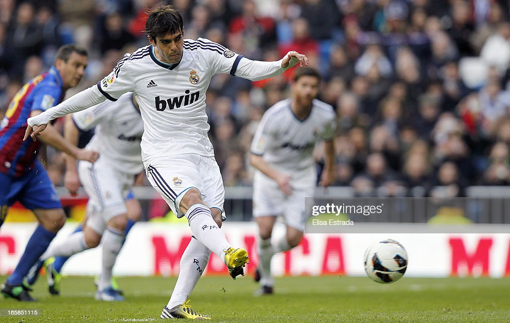 Ricardo Kaka of Real Madrid scores during the La Liga match between Real Madrid and Levante at Estadio Santiago Bernabeu on April 6, 2013 in Madrid, Spain.