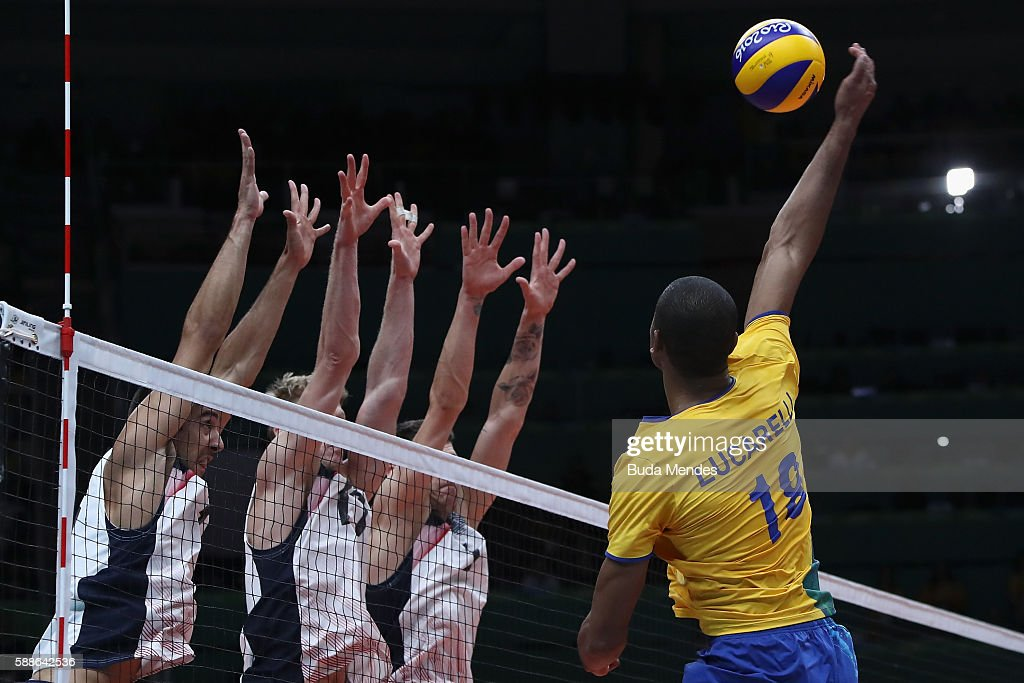 Ricardo Lucarelli of Brazil in action during the men's qualifying volleyball match between Brazil and United States on Day 6 of the Rio 2016 Olympic...
