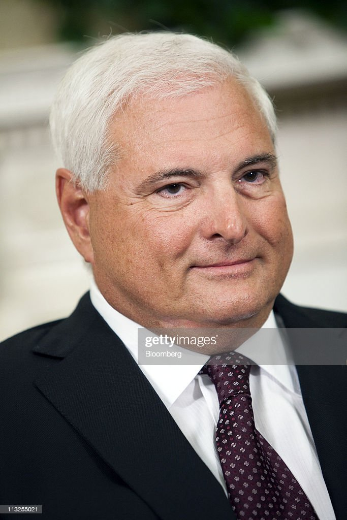 <a gi-track='captionPersonalityLinkClicked' href=/galleries/search?phrase=Ricardo+Martinelli&family=editorial&specificpeople=3042222 ng-click='$event.stopPropagation()'>Ricardo Martinelli</a>, president of Panama, listens as U.S. President Barack Obama talks to reporters after their meeting in the Oval Office at the White House in Washington, D.C., U.S., on Thursday, April 28, 2011. Obama said a U.S.-Panama free trade agreement would benefit both countries and he expects it will be approved by Congress. Photographer: Brendan Hoffman/Bloomberg via Getty Images