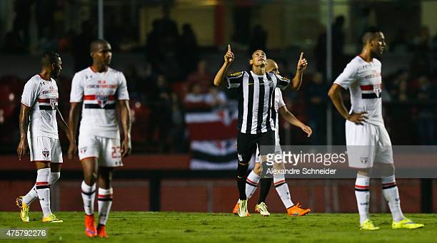 Ricardo Oliveira of Santos celebrates their first goal during the match between Sao Paulo and Santos for the Brazilian Series A 2015 at Morumbi...