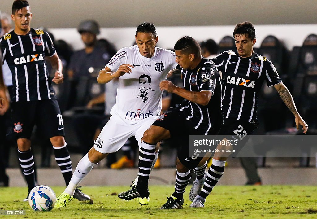 Ricardo Oliveira of Santos in action during the match between Santos and Corinthians for the Brazilian Series A 2015 at Vila Belmiro stadium on June...