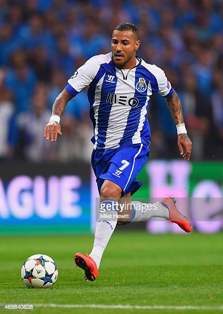 Ricardo Quaresma of FC Porto breaks through to score their second goal during the UEFA Champions League Quarter Final first leg match between FC...