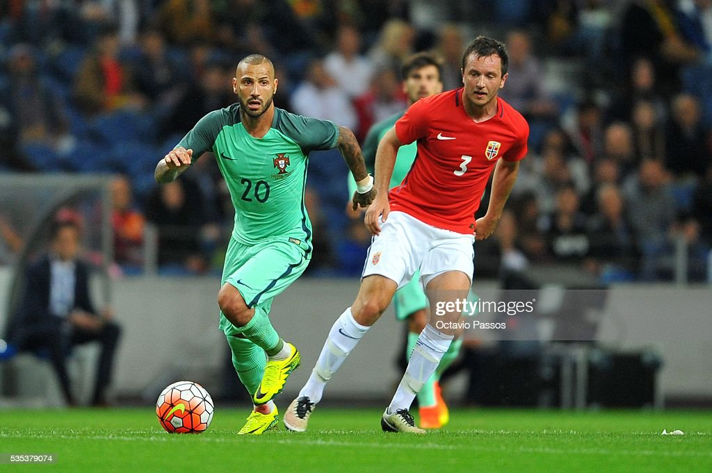 Ricardo Quaresma of Portugal challenges Heven Hovland of Norway during the International Friendly match between Portugal and Norway at Dragao Stadium on May 29, 2016 in Porto, Portugal.