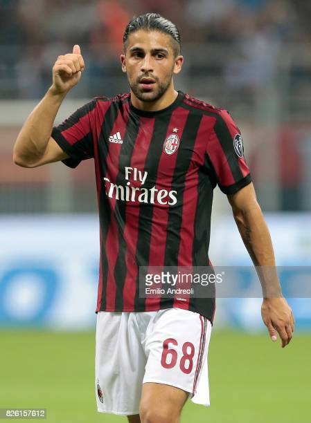 Ricardo Rodriguez of AC Milan gestures during the UEFA Europa League Third Qualifying Round Second Leg match between AC Milan and CSU Craiova at...