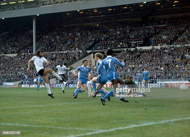 Ricardo Villa of Tottenham Htospur scores the first goal during the FA Cup Final Replay between Tottenham Hotspur and Manchester City at Wembley...