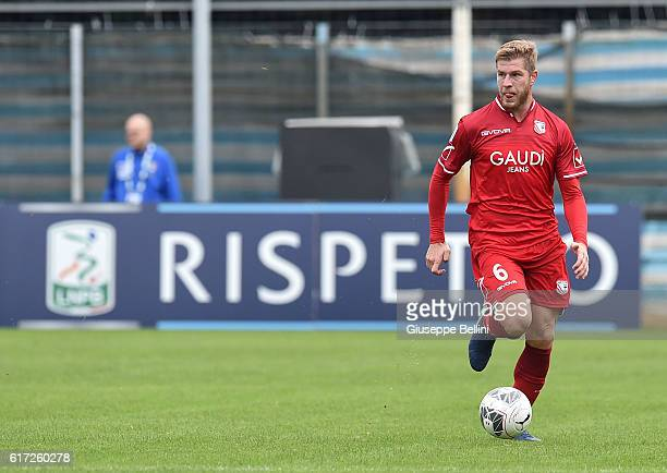Riccardo Gagliolo of Carpi FC in action during the Serie B match between SPAL and Carpi FC at Stadio Paolo Mazza on October 22 2016 in Ferrara Italy