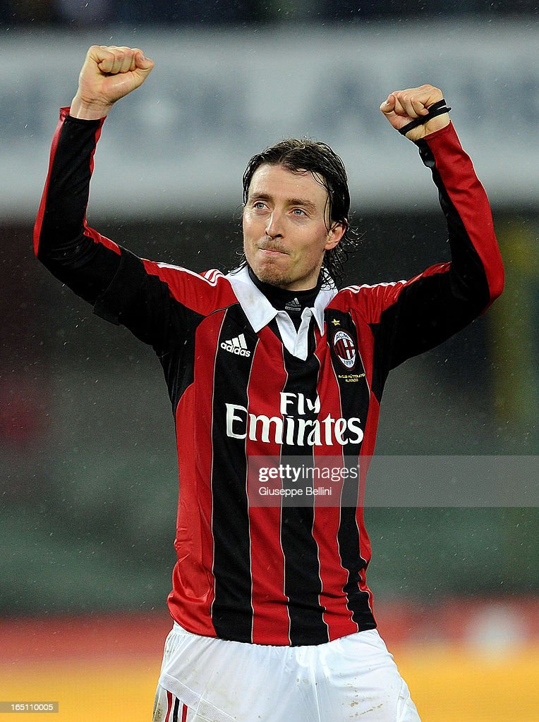 <a gi-track='captionPersonalityLinkClicked' href=/galleries/search?phrase=Riccardo+Montolivo&family=editorial&specificpeople=605846 ng-click='$event.stopPropagation()'>Riccardo Montolivo</a> of Milan celebrates victory after the Serie A match between AC Chievo Verona and AC Milan at Stadio Marc'Antonio Bentegodi on March 30, 2013 in Verona, Italy.