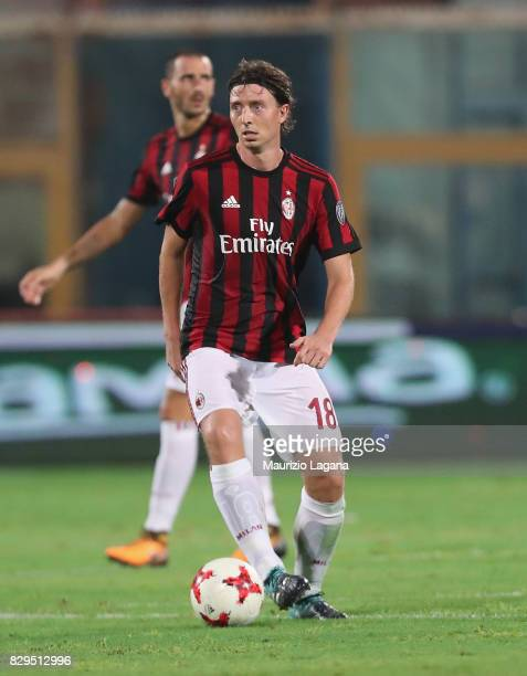 Riccardo Montolivo of Millan during the PreSeason Friendly match between AC Milan and Villareal at Stadio Angelo Massimino on August 9 2017 in...